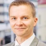 Sopimus- ja lakiasioiden asiantuntija Petri Nevalainen
