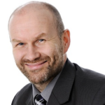 Petri Manu, Office-ohjelmien asiantuntija